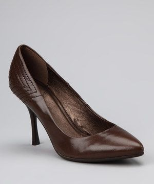 This timeless silhouette complements the professional pencil skirt and blazer combo beautifully. Quality stitching at the heel adds extra sophistication.