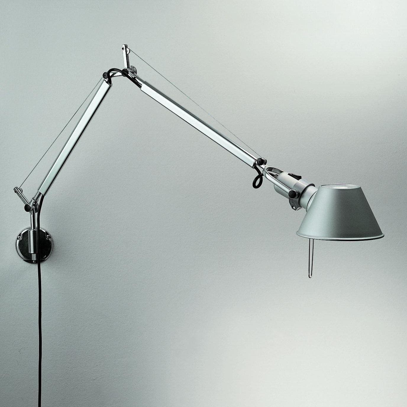 Wall Mountable Desk Lamp