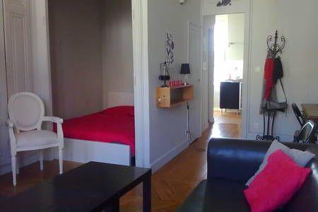 Le Charme Au Coeur De Lyon Appartements A Louer A Lyon Louer Un Appartement A Louer Decoration Maison