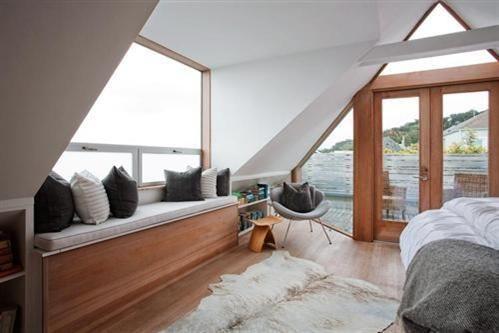 778 Clayton St San Francisco Ca 94117 In 2020 Victorian Homes Bungalow Renovation Condo Interior Design