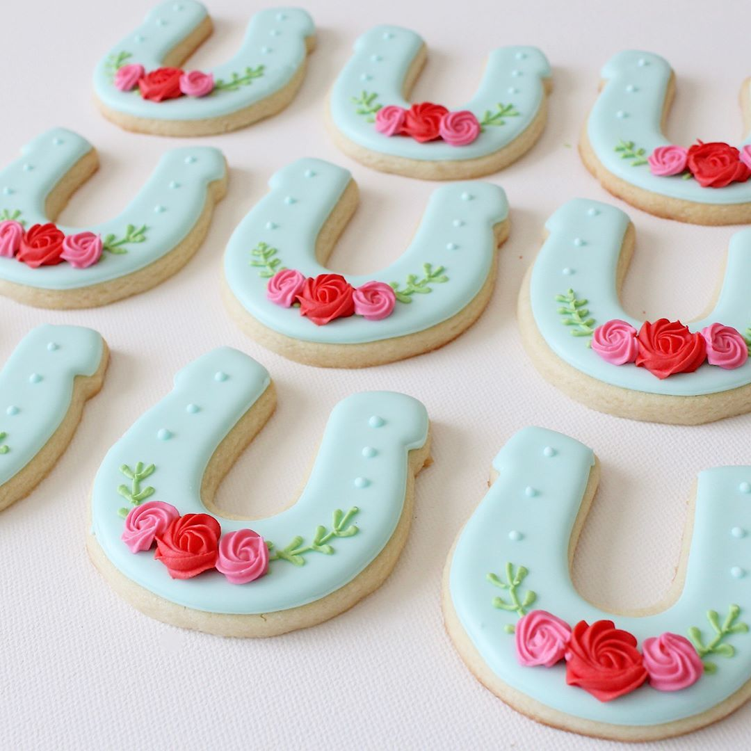 Horseshoe Sugar Cookies Rachel Anne Thefrostedpearl On