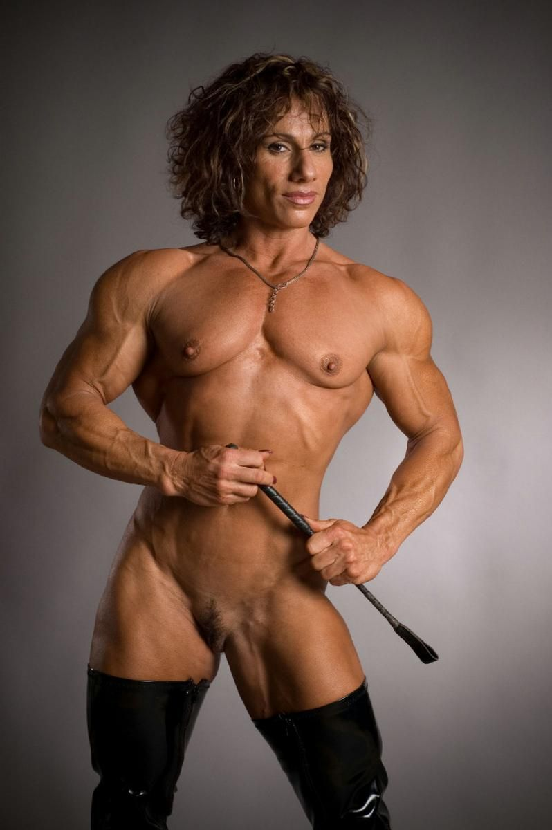 female-bodybuilder-full-nude