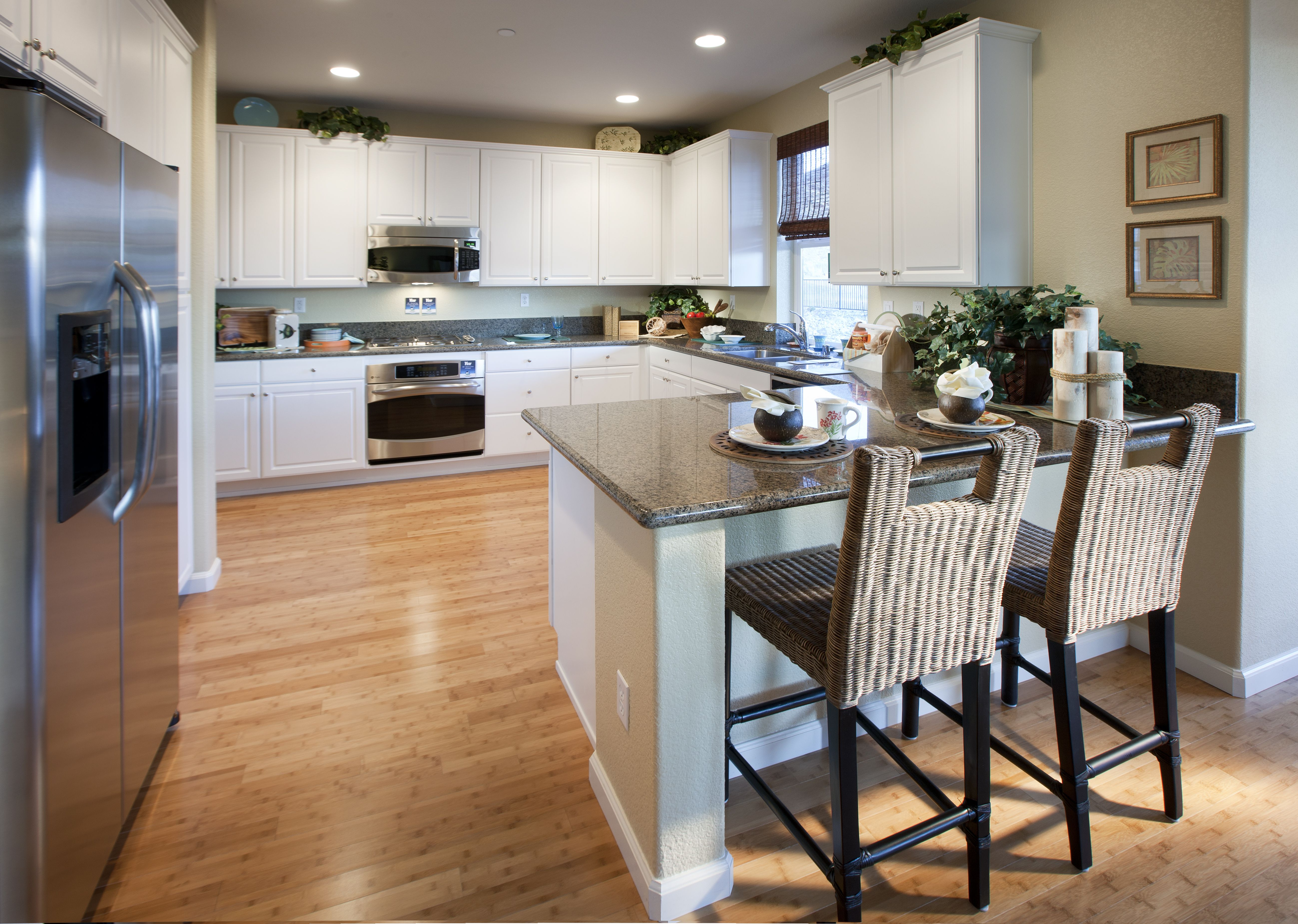 Beautiful WHITE cabinets to brighten up the Kitchen! Plan ...