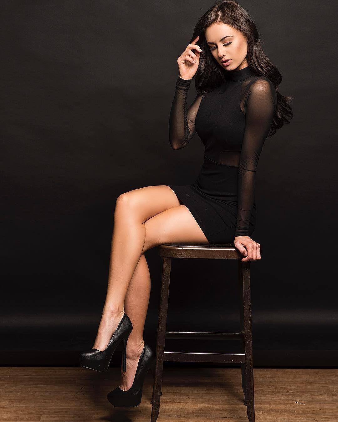 Latex leg fucker актриса
