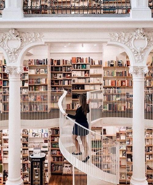 Confira a nossa Lista de Livrarias Online para comprar livros #photolibrary
