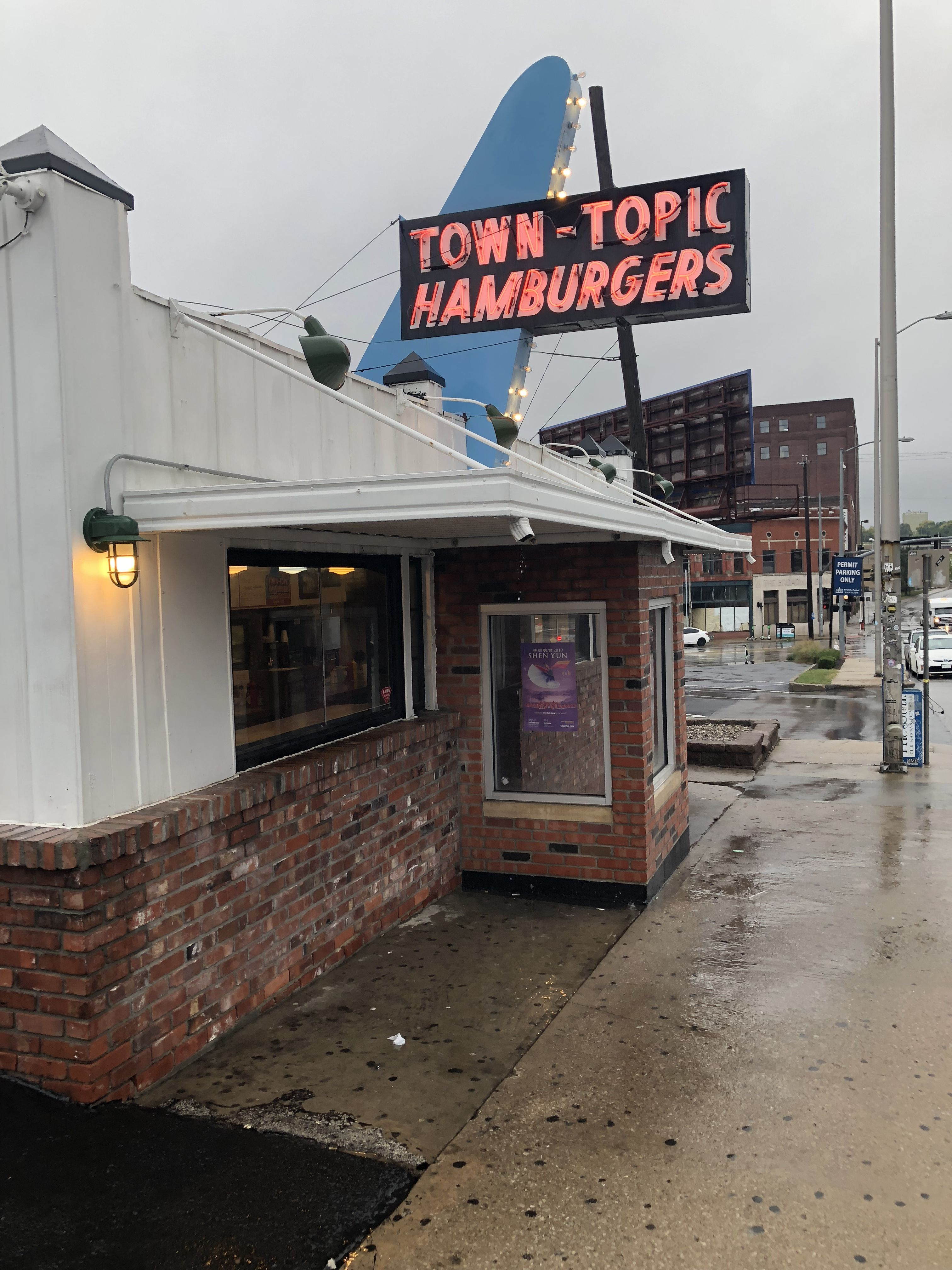 Town Topic Hamburgers Broadway Location Kansas City Missouri Places To See Kansas City Travel Posters