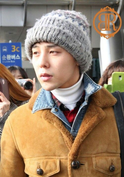 141221 G-Dragon @ Incheon Airport back from Sapporo