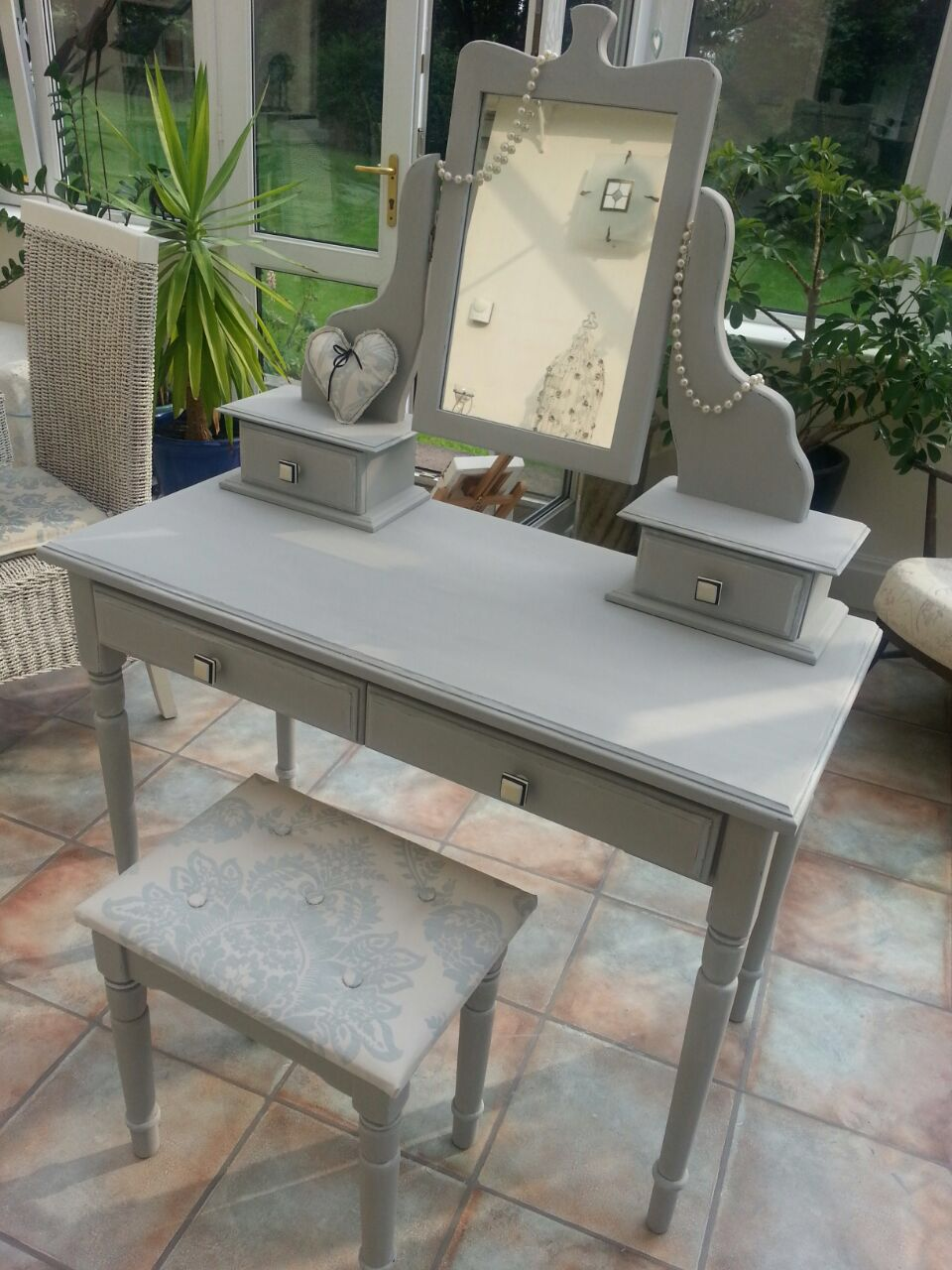 Best Grey Dressing Table Charity Shop To Shabby Chic 640 x 480