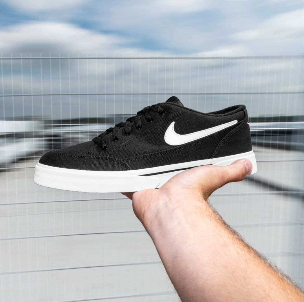 Bolsa Emperador Perenne  For the skate style look this Season look no further than the Nike GTS 16  Canvas trainers. | Mens canvas shoes, Canvas shoes, Nike