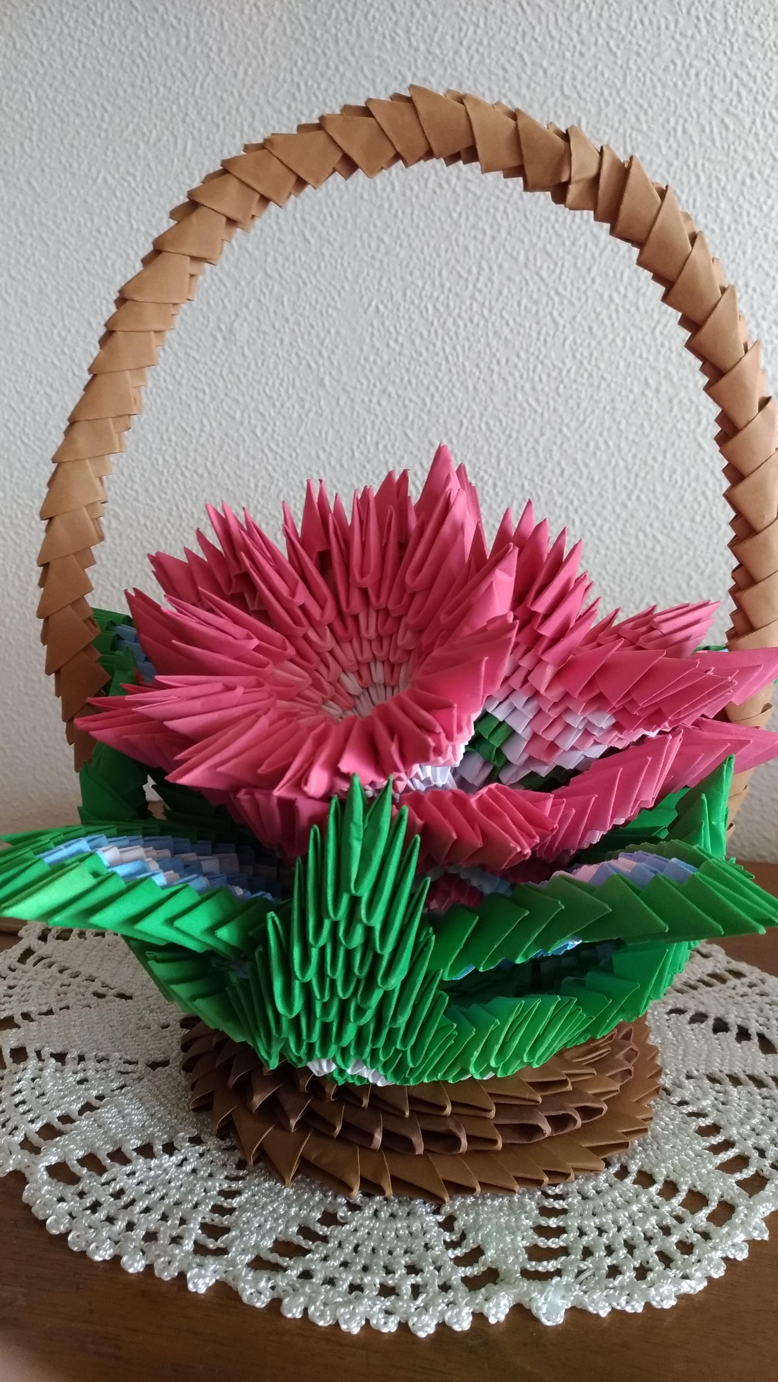 Kosz Z Kwiatami Origami 3d