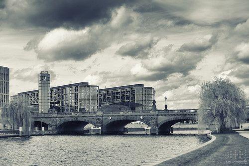 Berlin, Hauptbahnhof und Moltkebrücke