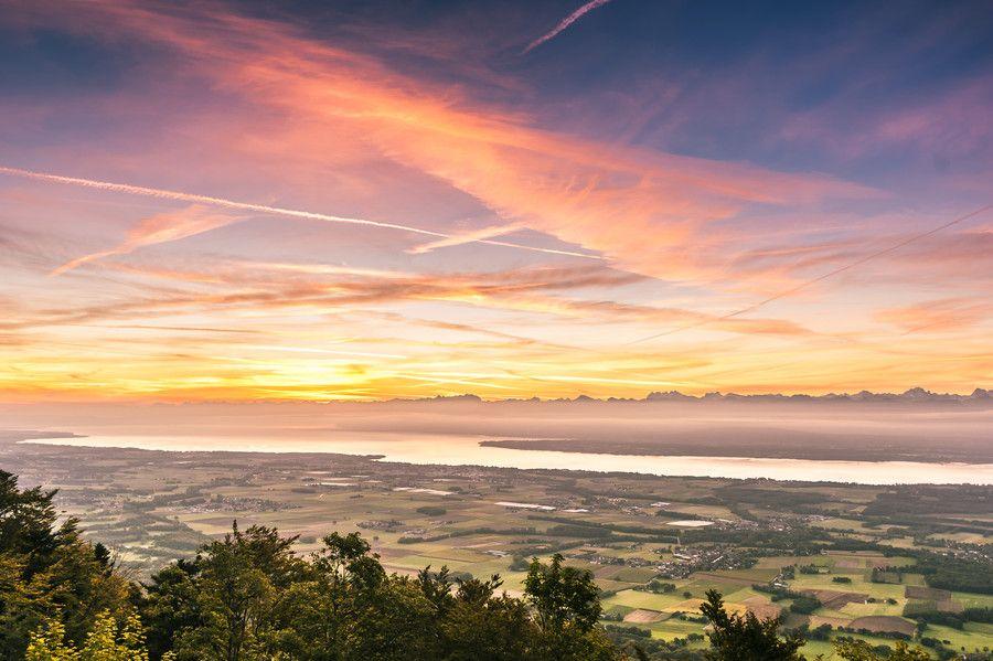 Leman Sunrise by Vincent Charvet on 500px