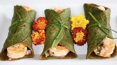 Crepes de espinaca con cangrejo al curry | Recetas de Cocina