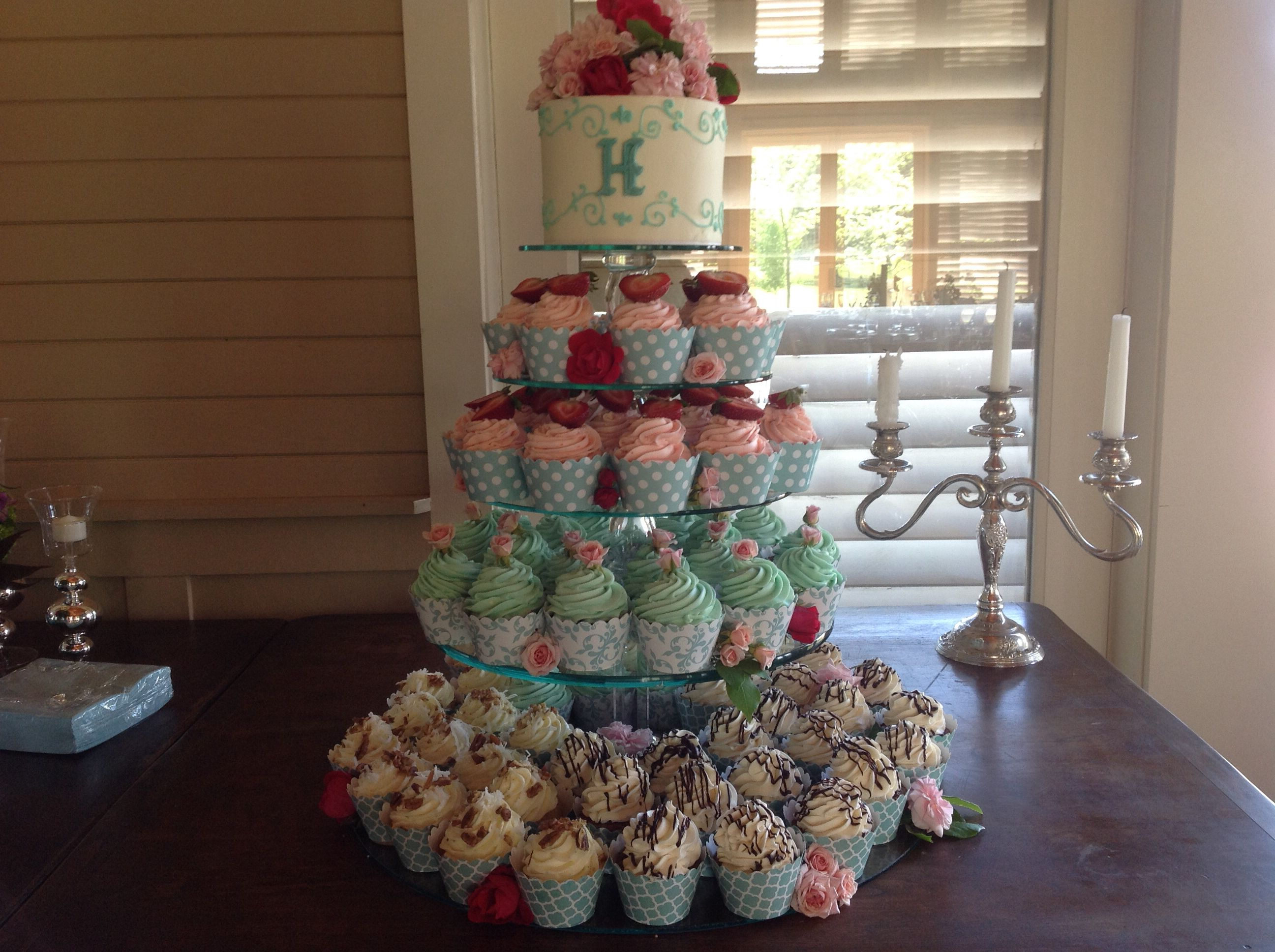 Cupcakes by Diann Laney wedding cakes