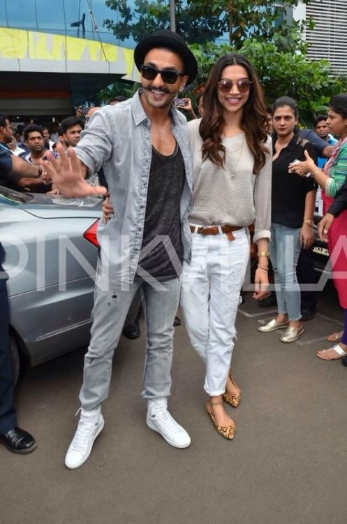 Deepika Padukone And Ranveer Singh Launch Gajanana From Bajiraomastani Deepika Padukone Style Jacket Outfit Women Western Wear Outfits