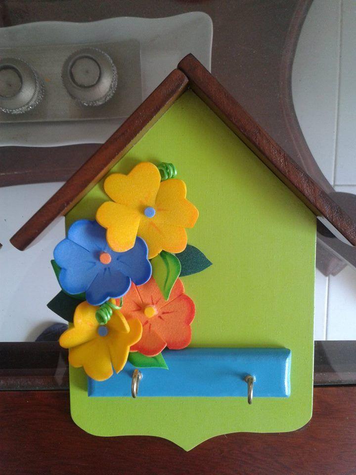 Casita portallaves hechas en mdf y decoradas con foami - Casita con tobogan para ninos ...
