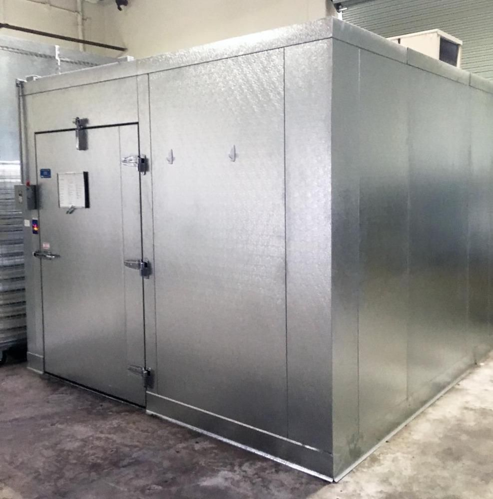 Commercial Walk In Cooler Barely Used Only 1 Year Old Guaranteed Fantastic Condition Larkin 2 Fan Evaporator Included Cool Doors Locker Storage Cooler