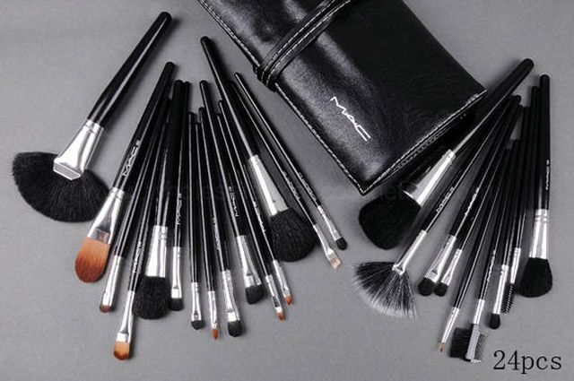 24 pcs mac makeup brush set