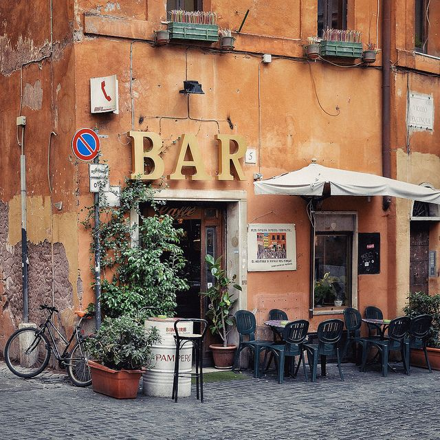 VICOLO DEL CINQUE   Trastevere, Shop design, Places