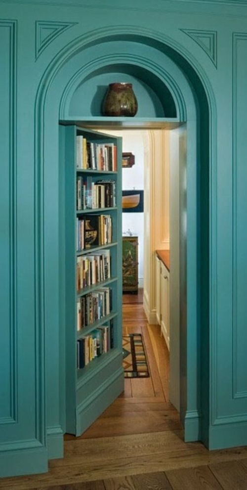 Bücherregal Mit Tür schön bücherregal tür wohnungsideen basements