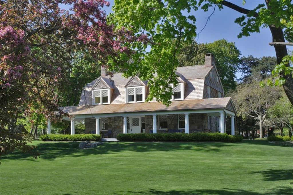 NY Tuxedo Park 104 Clubhouse Rd by Bruce Price (With