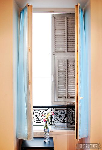 Nice, France - lovely windows they have in France >> For my Italian home... :)