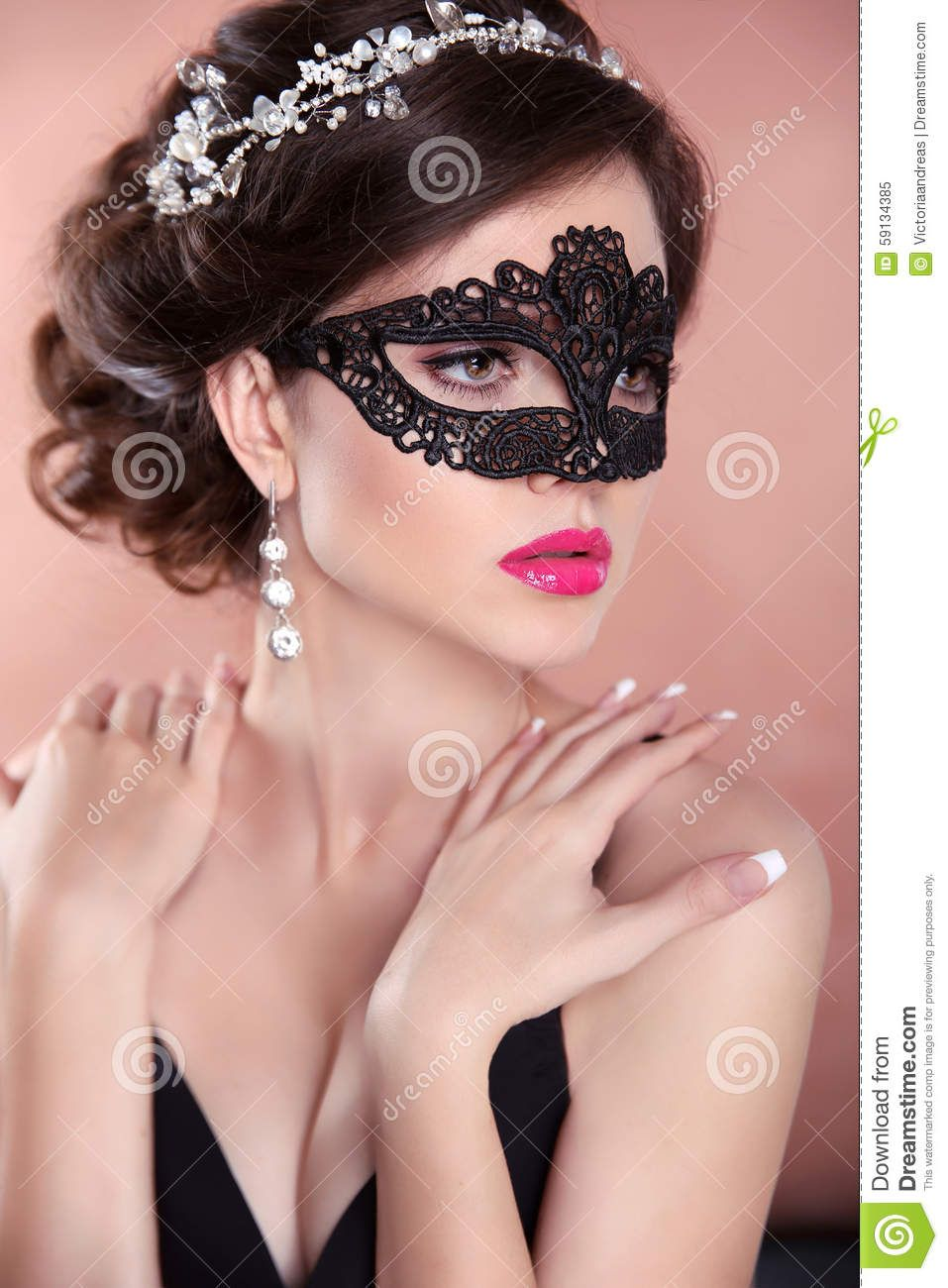 burlesque masquerade hairstyles - Google Search | Hair and Fashion ...