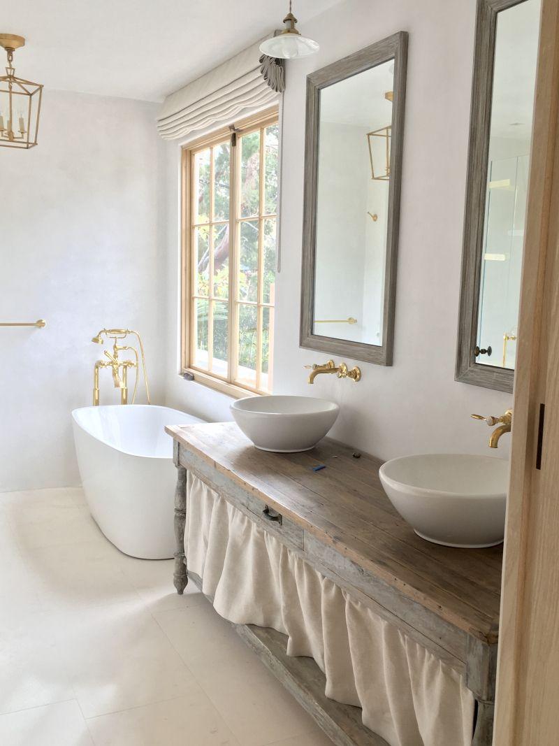 24 Rustic Glam Master Bathroom Ideas | Master bathrooms and Bath