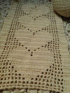 Domingo dedicado a fazer este tapete para a amiga Aline .