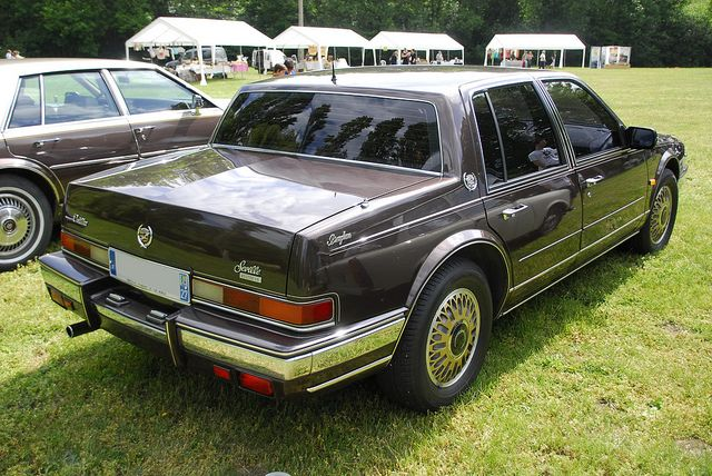 Cadillac Seville Brougham