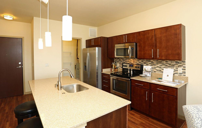 Avenir Apartments Rentals Milwaukee Wi Apartments Com Rental Apartments Apartment Apartments For Rent