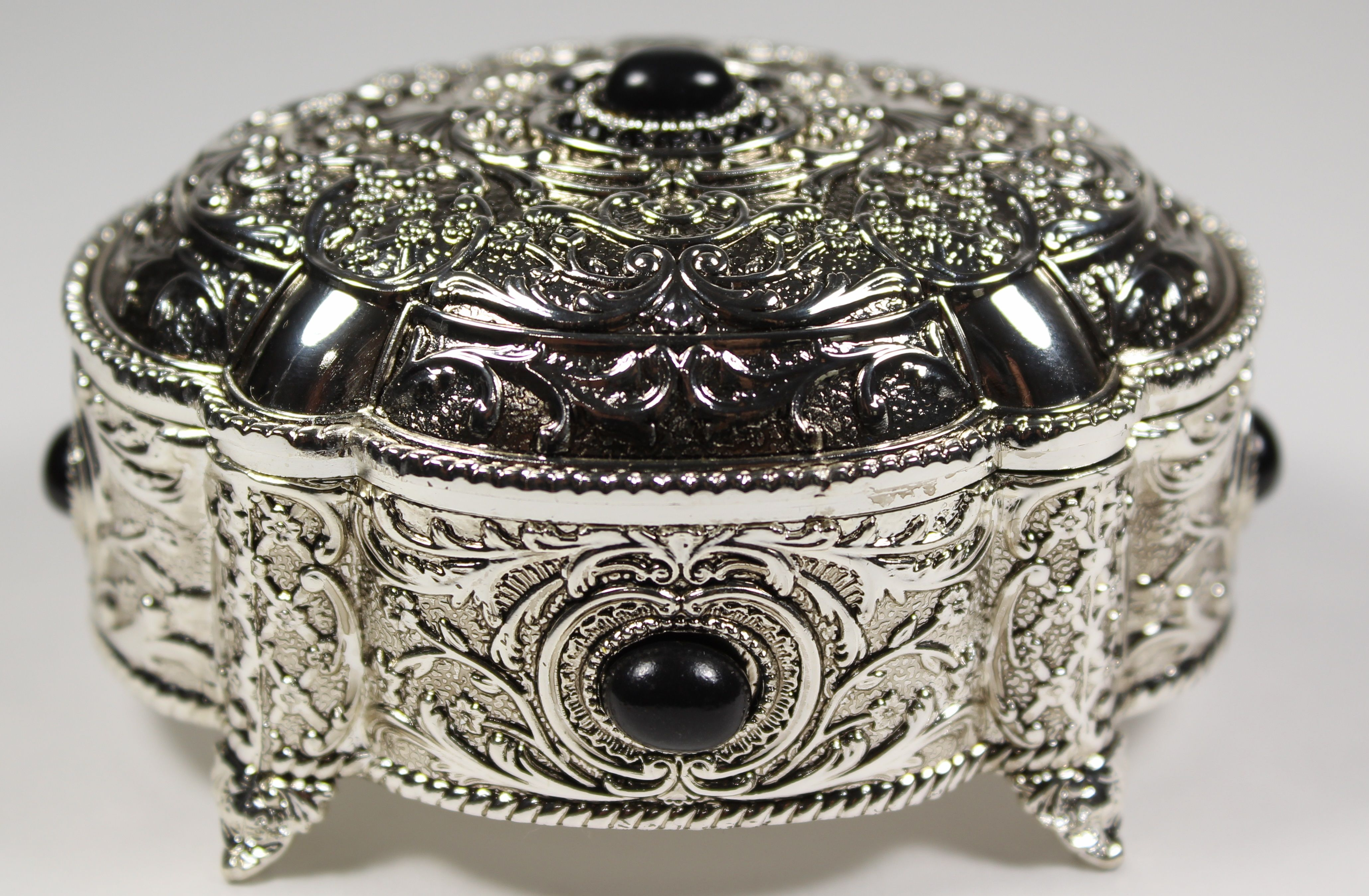 [Price 24.99] Antique Silver Jewelry Box with Gemstones