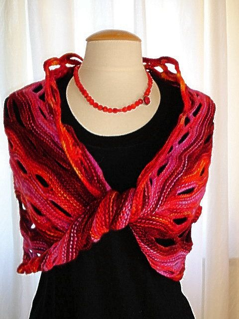 Wollmeise: Möbius-Wrap-Rezept | Strickschals | Pinterest | Wrap ...