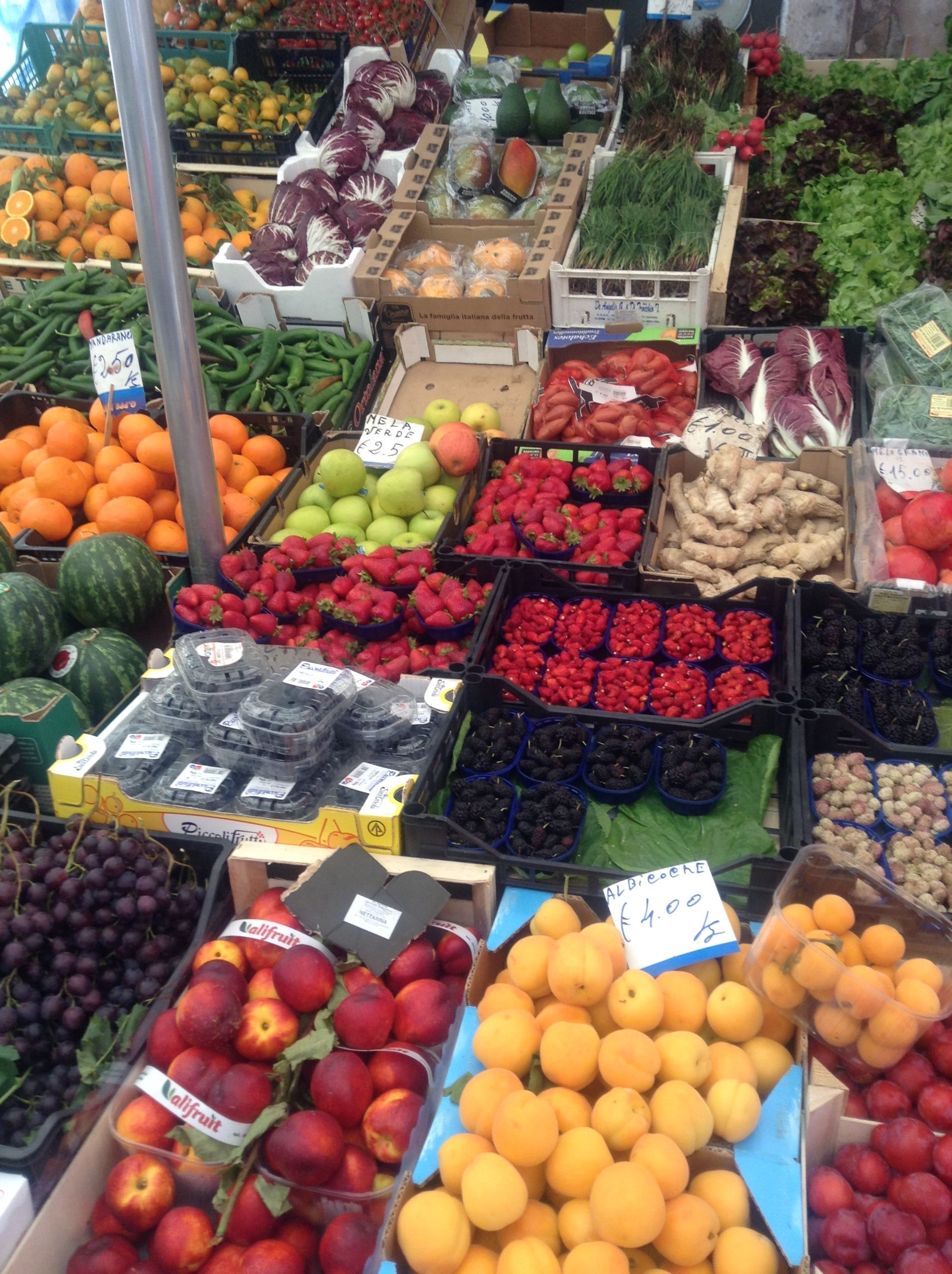 Our Morning Market In Ortigia Syracusa Sicily Wonderful Apricots Sicily Sicily Italy Marketing