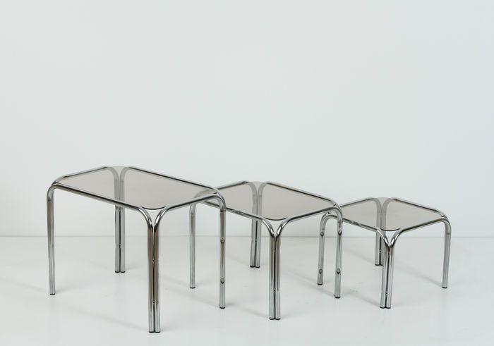 3 Vintage Bijzettafeltjes.Mooie Set Van 3 Nesting Tables Bijzettafeltjes Mimiset