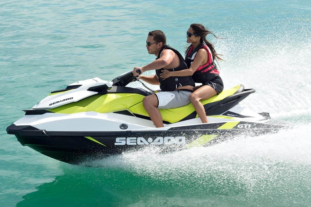 Jet Ski Fly Fish Water Sports Discover Ras Al Khaimah Jet Ski Best Jet Ski Jet Boats