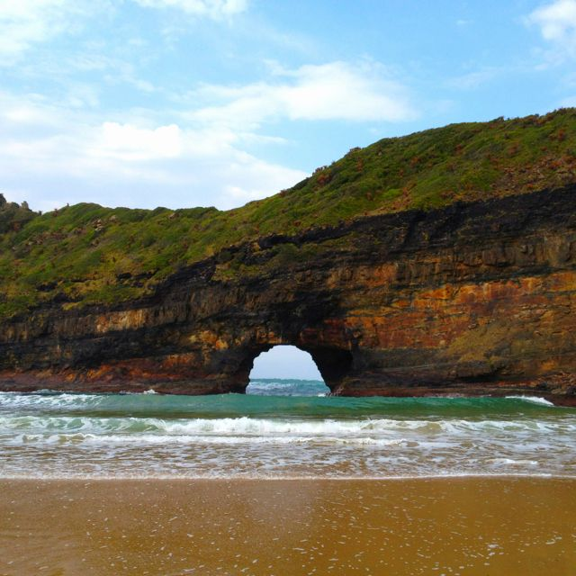 hole in the wall eastern cape cape africa south africa on hole in the wall rock formation eastern cape id=82756