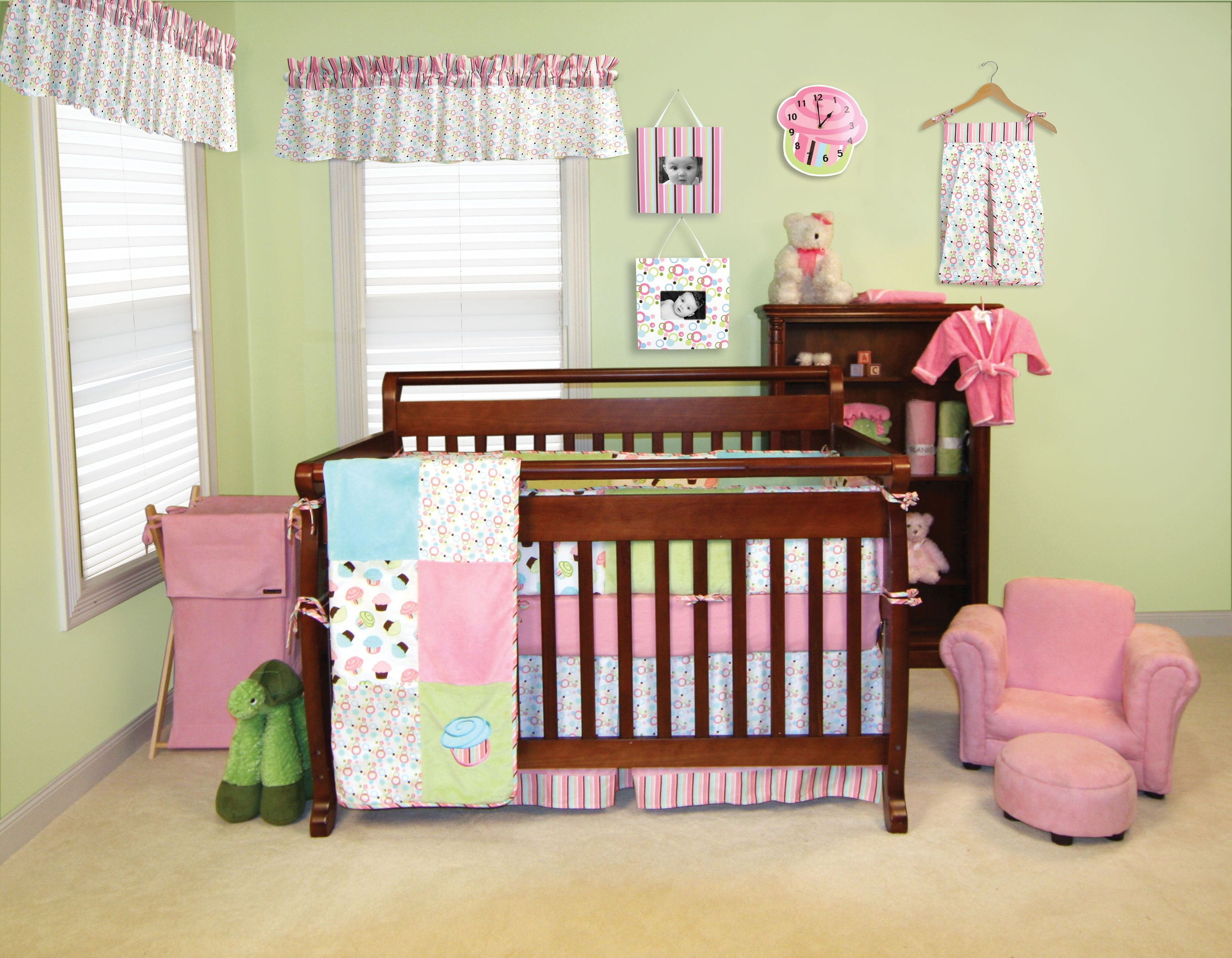 Trend Lab S Cupcake Crib Bedding Includes Quilt Per Sheet Skirt Diaper Stacker Blanket Clock Frames Lamp Shade Storage Caddy Hamper Mobile