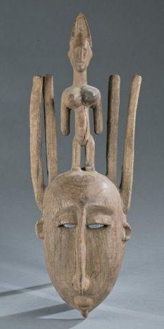 Bamana style mask. 20th century.