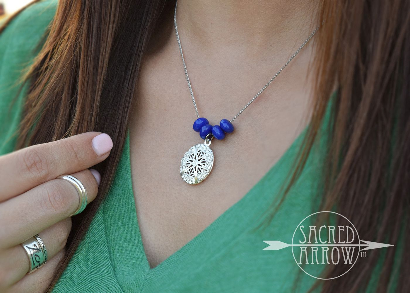 """16"""" Silver & Royal Blue Diffuser Necklace"""