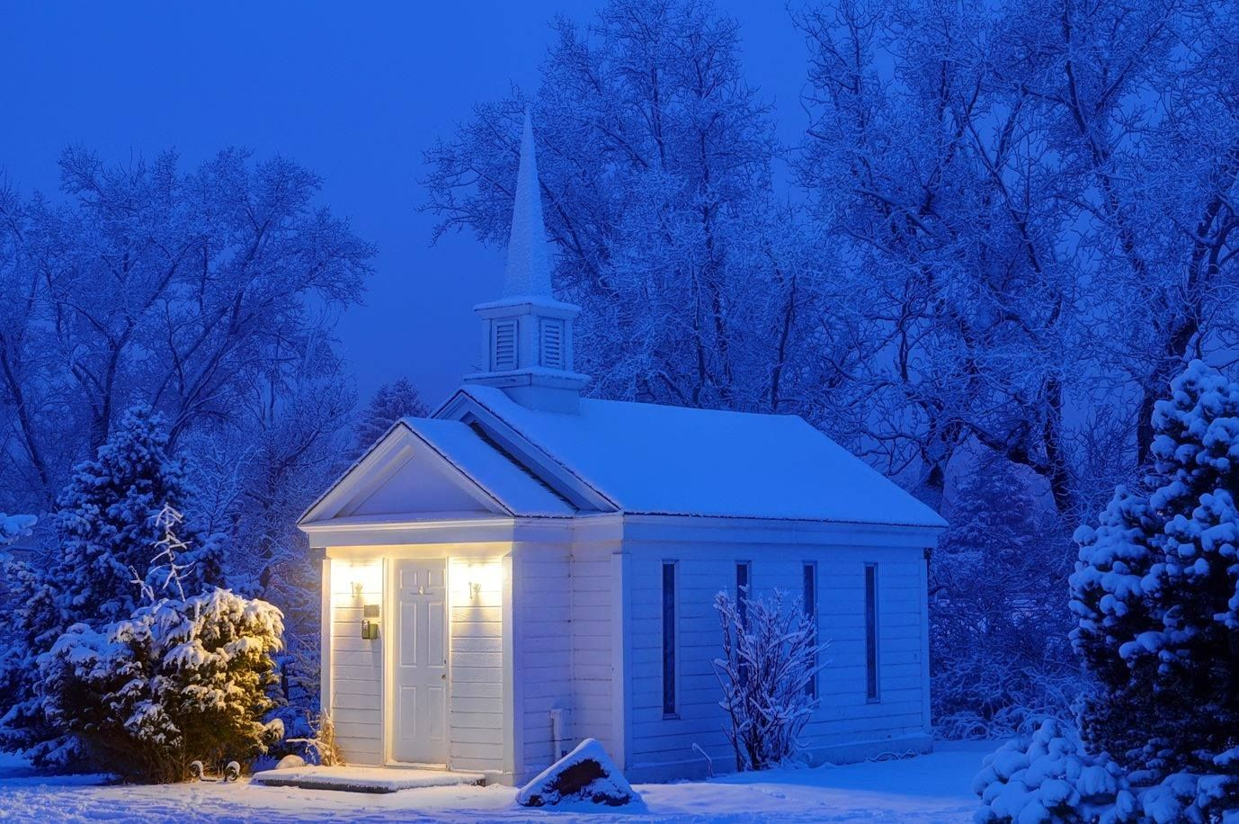american mothers chapel at rock ledge ranch near garden of the