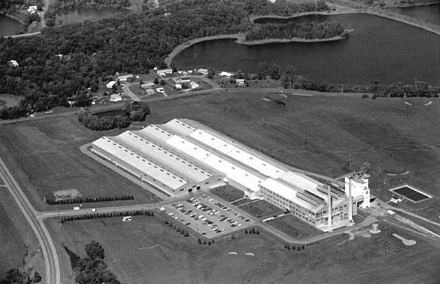 Brockway Glass Plant, Rosemount, 1972