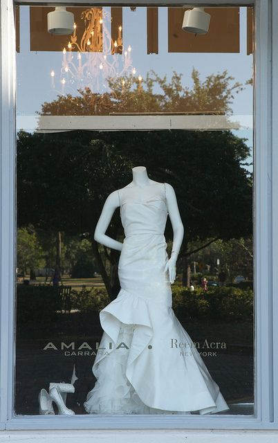 Florida Weddings Upscale Bridal Boutiques Can Be Found Along Or Near Park Avenue In Winter Park Fl Www Bridal Gown Inspiration Wedding Gowns Bridal Gowns
