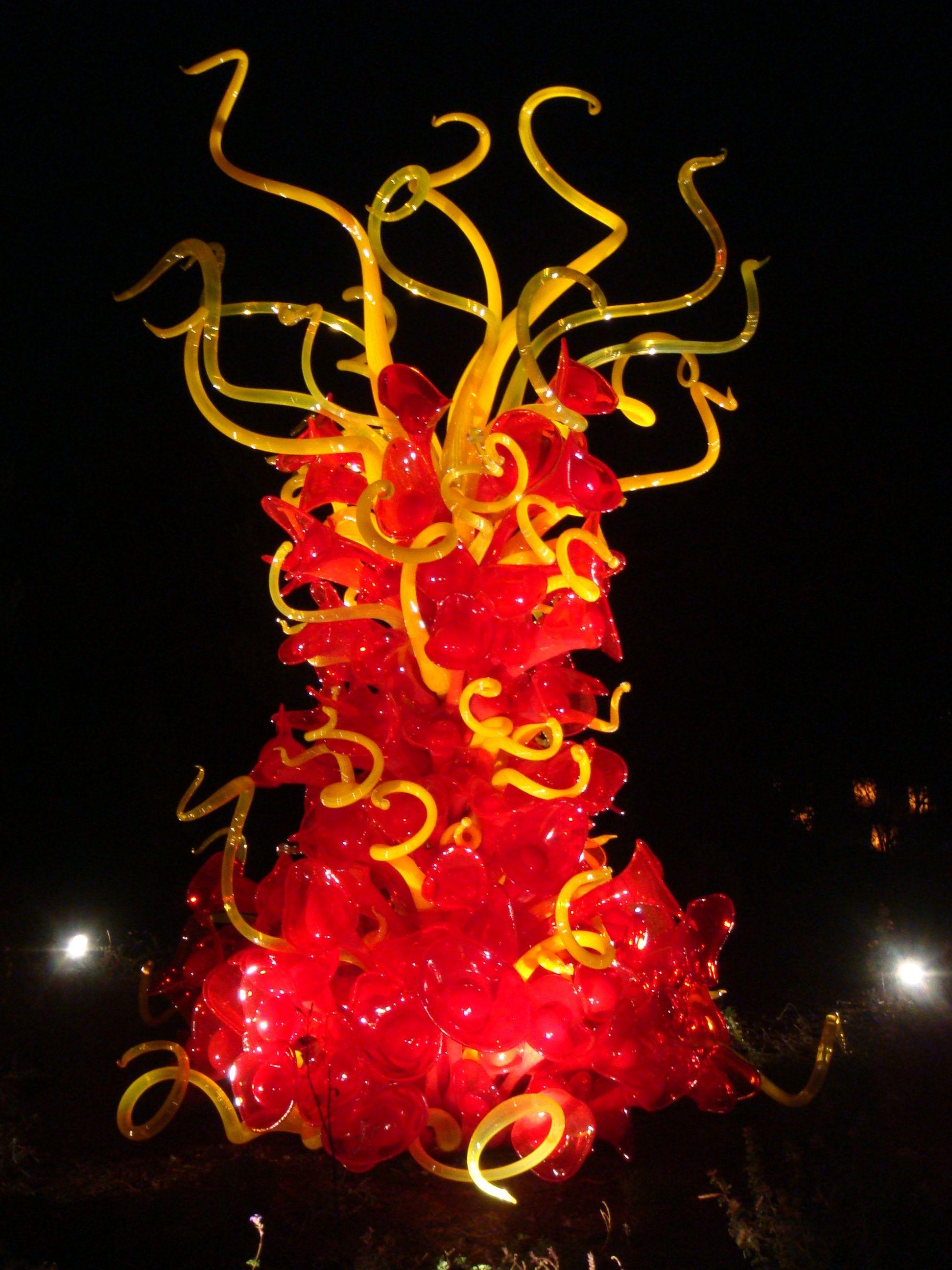 Dale Chuhuily sculpture for Desert Botanical Gardens