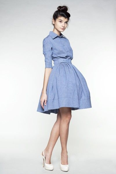 Love this silhouette , and that is a gorgeous shade of blue. It would be perfect for work or going out.
