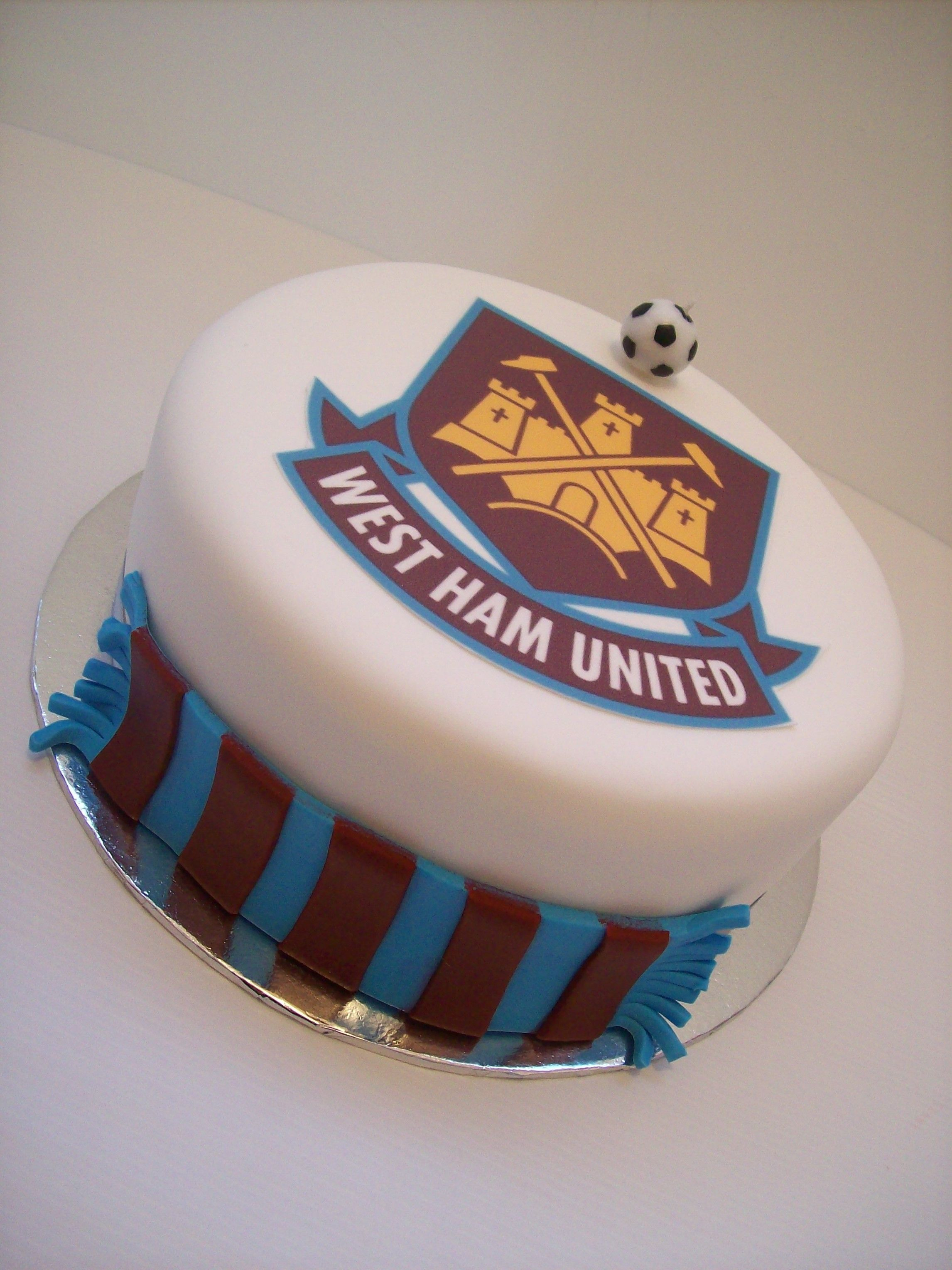 West Ham United Cake Auckland 129 Cake Is 8 Inch