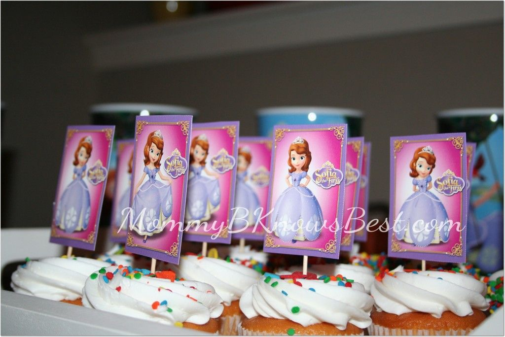 Sofia the First Party Cupcakes