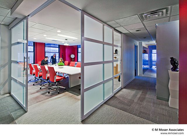 Office designs where workstyle meets lifestyle oficinas for Oficinas de american express
