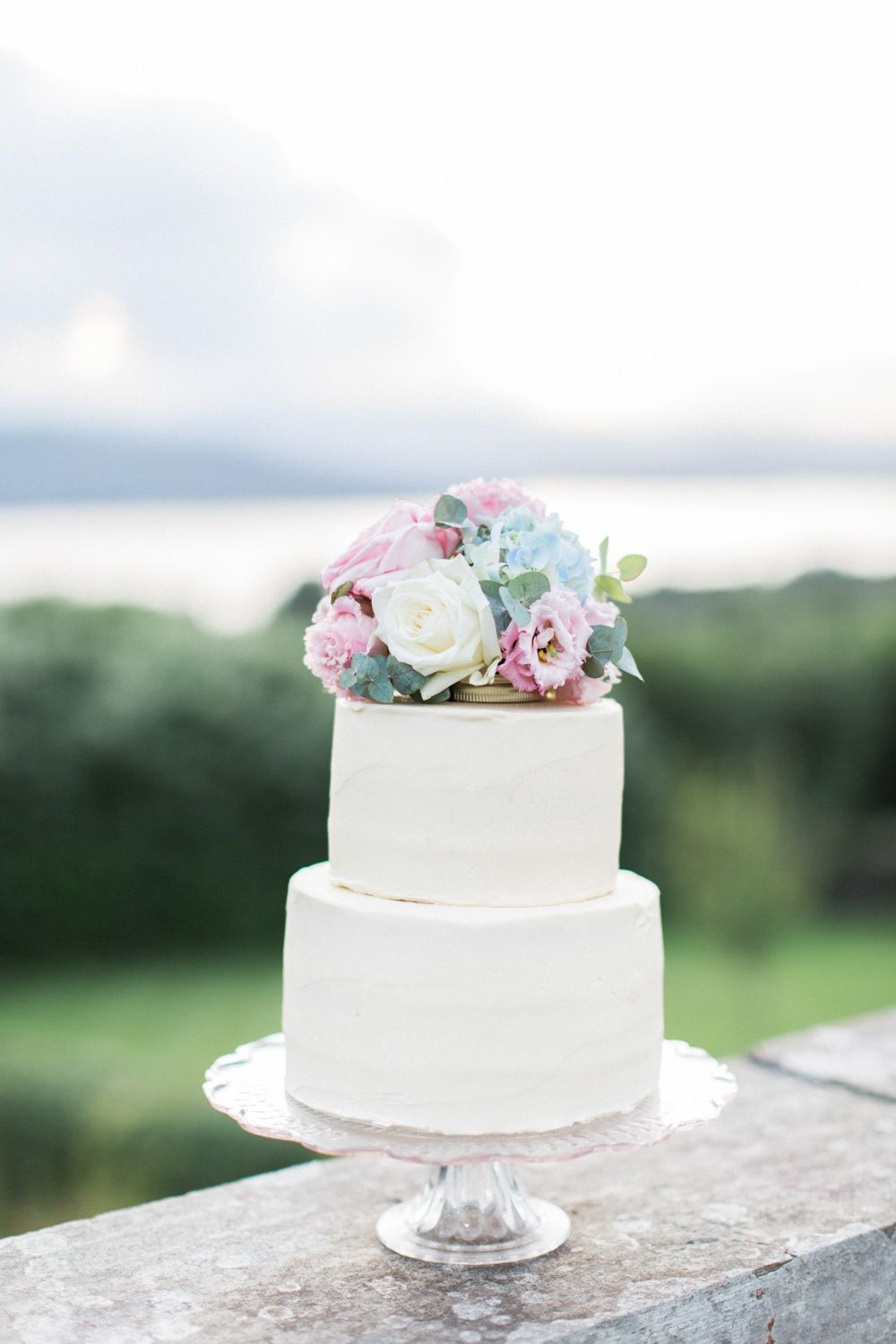 Intimate Pastel Country Wedding at Gossel Ridding nr Lake