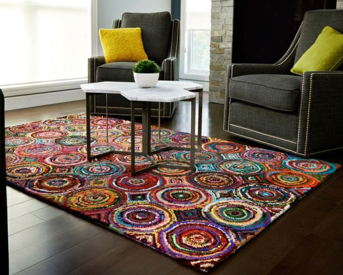 dekorativer Musterteppich in vielen verschiedenen Farben für das - wohnzimmer deko farben